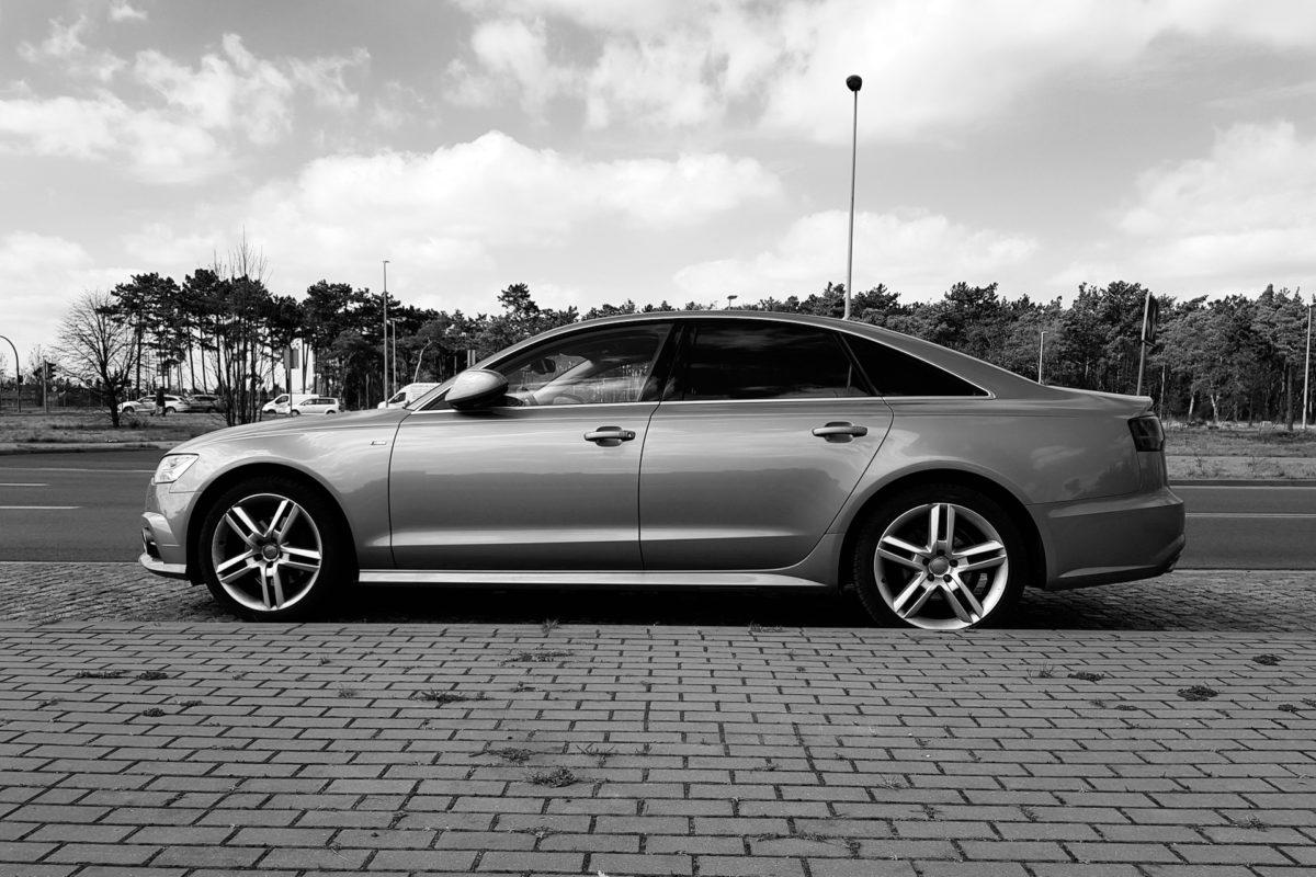 Importowane auta z Niemiec, kręcone liczniki i znikający VAT
