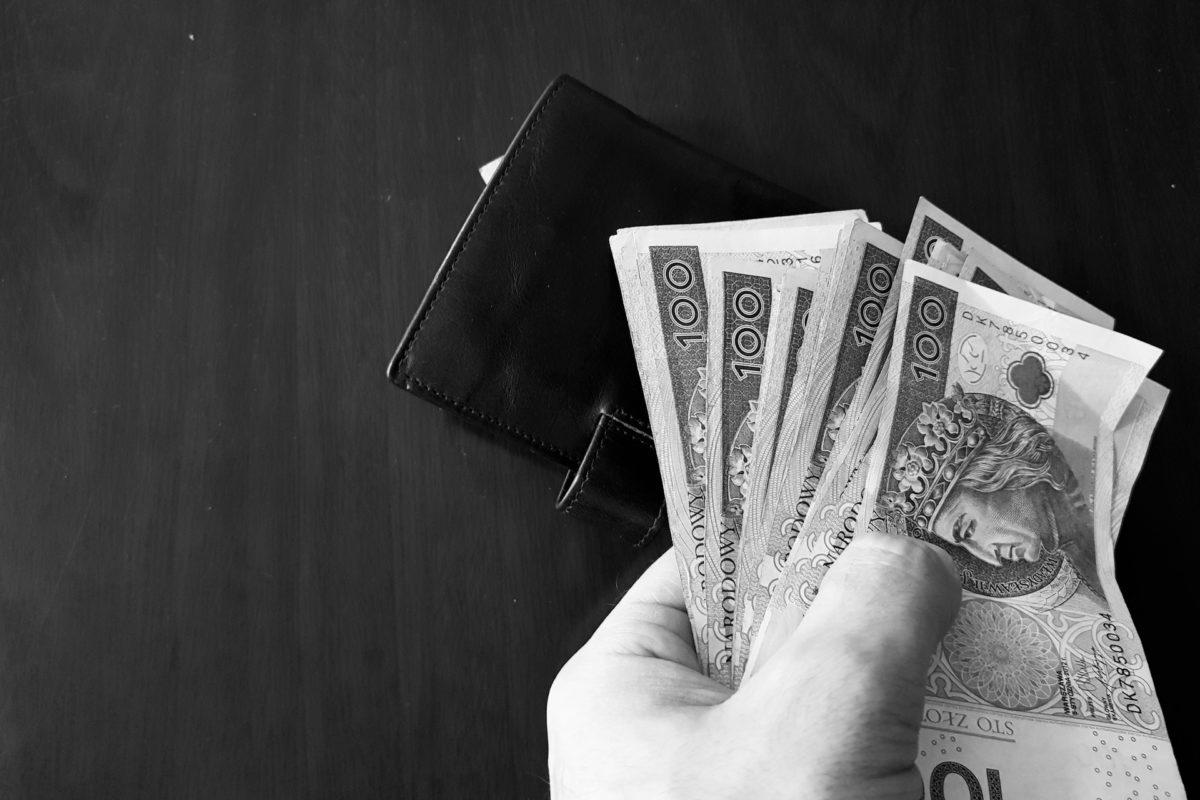 Jak wypłacić pieniądze ze spółki z o.o. i uniknąć podwójnego opodatkowania