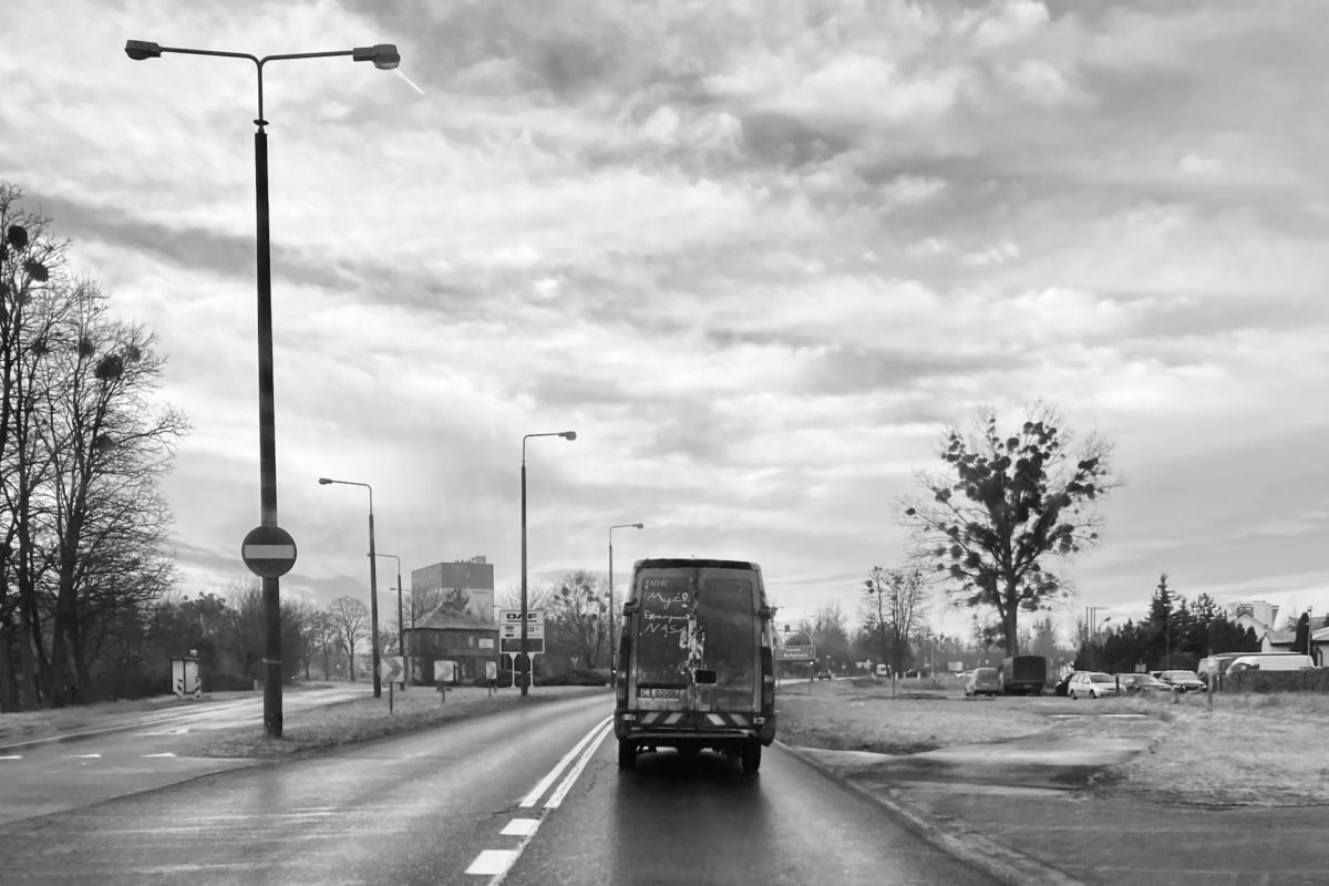 Dlaczego w Polsce tak trudno zbudować dobrą drogę lokalną?
